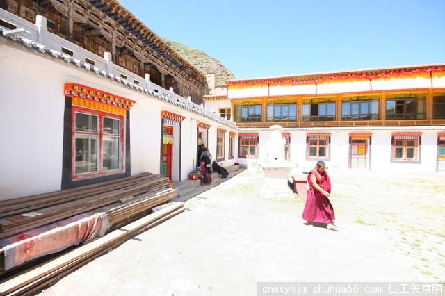 青海省 同德县地标 石藏寺